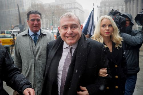 Feds say Lev Parnas lying about wealth, ask judge to revoke bail