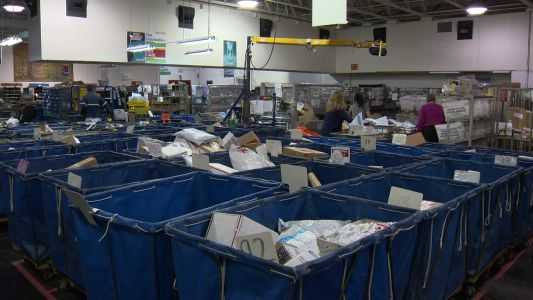 USPS prepares for busy holiday shipping season