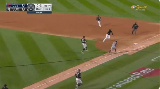 Jose Abreu's awkward play saved Carlos Rodon's no-hitter