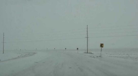 WATCH: Storm chaser gives live look at eastern Nebraska as nearly a foot of snow expected