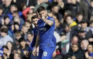 Giroud, Alonso score as Chelsea beats Tottenham 2-1 in EPL