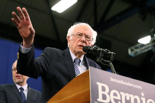 Sanders Joins Trump in Telling the Media to Go to Hell