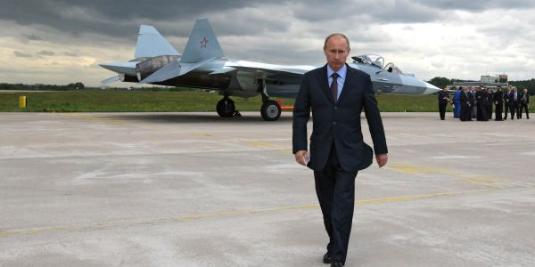 Russia says it's getting Su-57 fighter jets in 2019 - but the program is still likely a failure