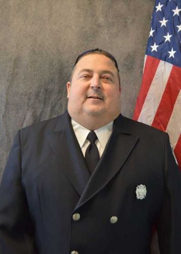 Longtime Green Township firefighter who received kidney from coworker dies suddenly