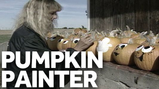 This Indiana woman painted tens of thousands of pumpkins in the '90s