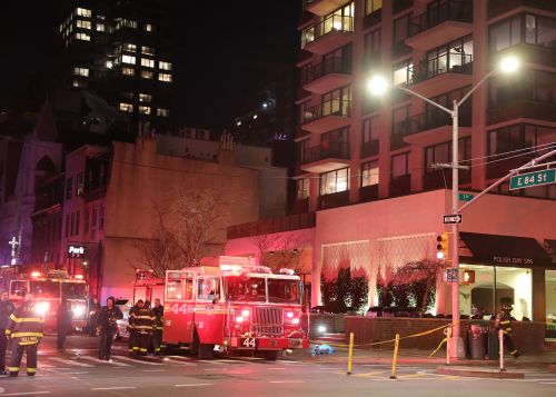 One dead in fire on 25th floor of Manhattan luxury high-rise