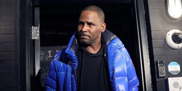 R. Kelly charged with 10 counts of sex abuse, in Chicago police custody; Michael Avenatti details new tape