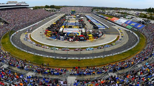 NASCAR race weather updates: Rain threatens to delay Martinsville night race