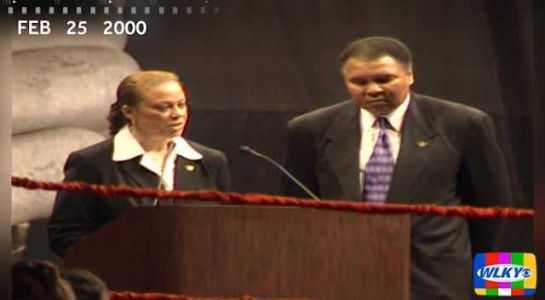 ON THIS DAY: In 2000, Muhammad Ali honored as 'Athlete of the Century'
