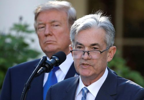 'He's like a golfer who can't putt': Trump ramps up attacks on Fed chief amid recession concerns
