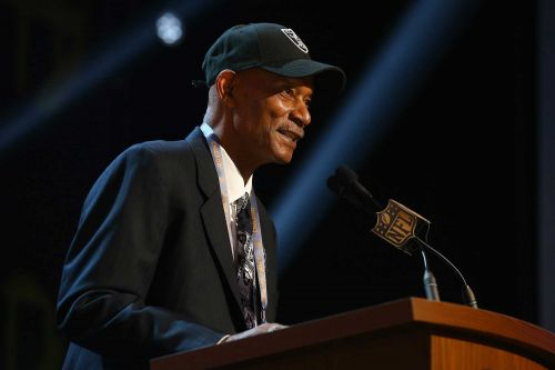 Willie Brown, Hall of Fame NFL cornerback, dead at 78