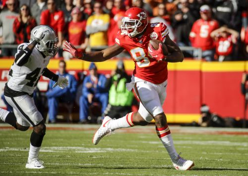 Kansas City Chiefs TE Demetrius Harris suspended for opening game