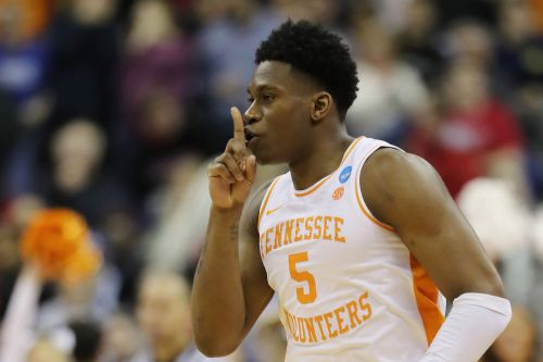 'Not afraid' NCAA Tournament star saves Tennessee from disaster