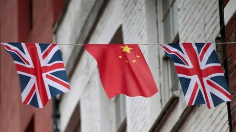 UK Foreign Office 'concerned' at reports Hong Kong consulate staff member detained in China