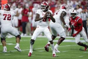 Hoosiers remain hopeful for QB Penix's return against UConn