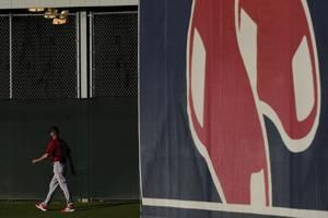 Red Sox star Martinez focuses on routine to recapture swing