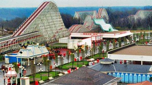 What did amusement parks look like in 1972?