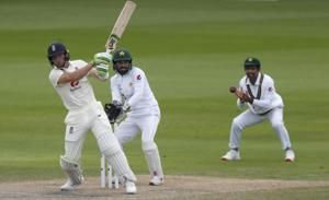 Pakistan in control with England 167-5 at tea chasing 277