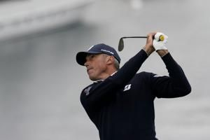Kuchar's eagle at 18 puts him in contention at US Open