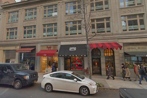 Residential brokerage leases UES townhouse for flagship
