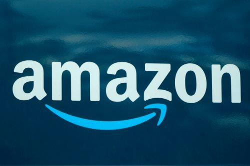 Amazon seeks to hire 75,000; offers $100 to vaccinated hires