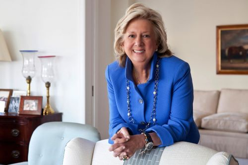In dropping Linda Fairstein, the book industry reveals its cowardice