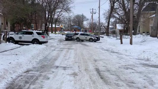 Des Moines police confirm 16-year-old shot in groin