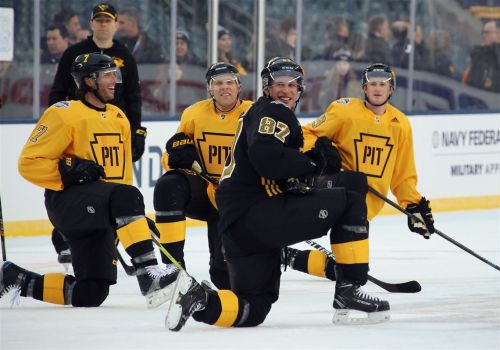 Noise, rain. Penguins ready for anything in Stadium Series game