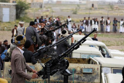 Houthis Launch Major Strikes on Saudi Coalition Targets Amid Talk of Secret Negotiations