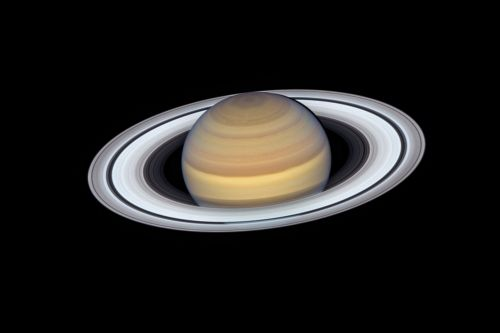 Scientists struggling to figure out age of Saturn's rings