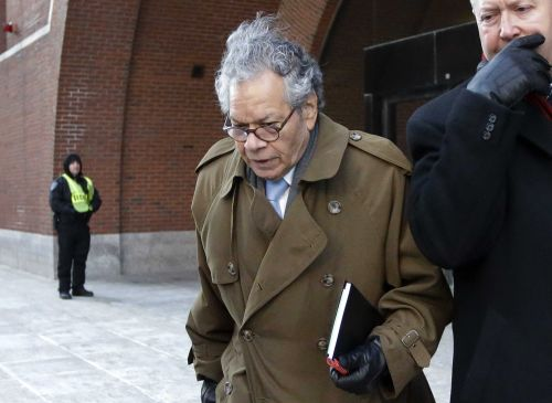 Ex-pharmaceutical exec to be sentenced for pushing opioid
