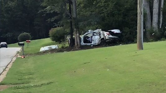 One killed in wreck, coroner says