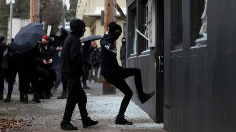 Antifa is GOP? Oregon Dems blast 'relentless Republican attacks on values' after anarchist rioters trash party's Portland HQ