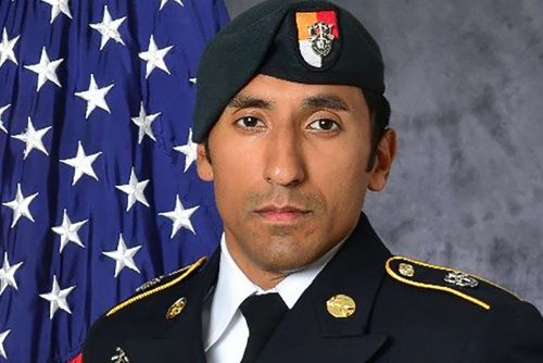 Two Navy SEALs, Two Marines Charged with Killing Green Beret
