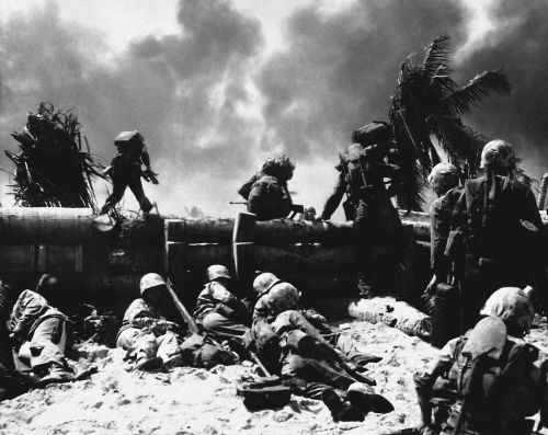 75 years ago, US Marines waded into 'the toughest battle in Marine Corps history' - here are 25 photos of the brutal fight for Tarawa