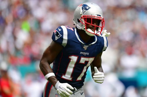 Patriots fans threaten reporter who revealed second accusation against Antonio Brown