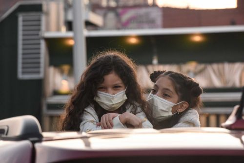 Heartwarming photos from the pandemic to lift your spirits