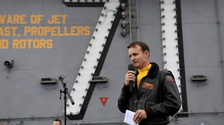 Carrier captain fired over coronavirus letter becomes latest Resistance icon