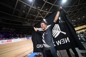 Kiwi rider goes from back brace to track cycling world champ