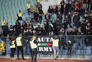 Bulgaria soccer coach quits, 5 more arrested after racism