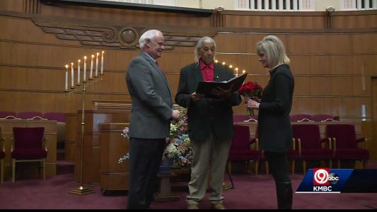 Unity Temple hosts couples wanting to marry, renew their vows