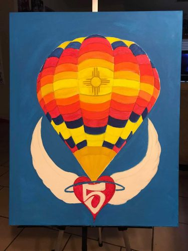 Artist pays tributes to balloon crash victims with painting