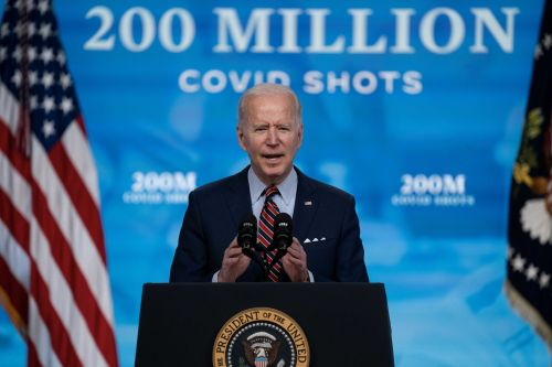 White House investing billions for COVID-19 antiviral medicines