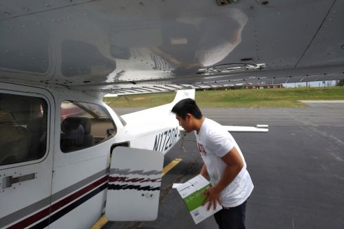 Teen student pilot flies medical supplies to hospitals amid pandemic