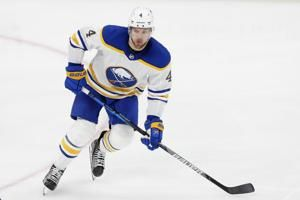 Bruins bolster playoff push, acquire Taylor Hall from Sabres
