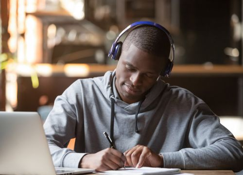 How to connect any Bluetooth headphones to your Windows-based PC