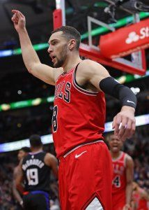Zach LaVine scores 31 points, Bulls rally to beat Clippers