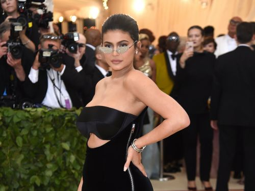 What is Kylie Jenner's Net Worth? It's Bigger Than Kim Kardashian's