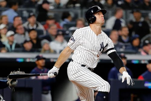 Brett Gardner re-signs with Yankees for $12.5 million