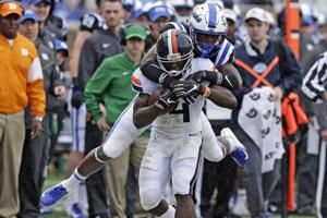 Perkins leads Virginia past Duke 28-14